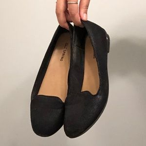 Black Flats/ Loafers